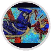 Mama Bird Feeding Baby Bird Round Beach Towel