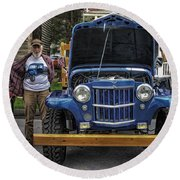 Man And His Jeep Round Beach Towel
