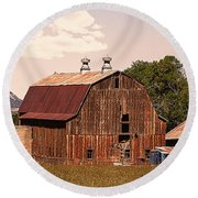 Mancos Colorado Barn Round Beach Towel