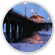 Manhattan Beach Pier Crashing Surf Round Beach Towel