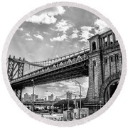 Manhattan Bridge - Pike And Cherry Streets Round Beach Towel