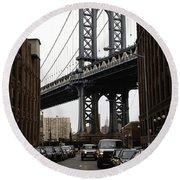 Manhattan Bridge View Round Beach Towel