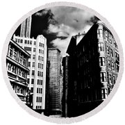 Manhattan Highlights B W Round Beach Towel