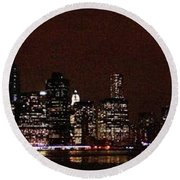 Manhattan On Super Weekend Round Beach Towel