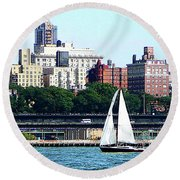 Manhattan - Sailboat Against Manhatten Skyline Round Beach Towel