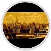 Manhattan Skyline Round Beach Towel