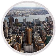 Manhattan View Towards Brooklyn Round Beach Towel