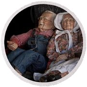 Mannequin Old Couple In Shop Window Display Color Photo Round Beach Towel