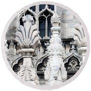 Marble Facade II Duomo Di Milano Italia Round Beach Towel