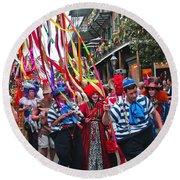 Mardi Gras In New Orleans Round Beach Towel
