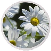 Marguerite Round Beach Towel