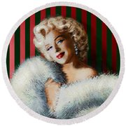 Marilyn 126 D 3 Round Beach Towel