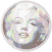 Marilyn Monroe 01 - Parallel Hatching Round Beach Towel