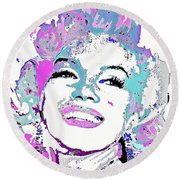 Marilyn Monroe I Want To Be Loved By You Round Beach Towel
