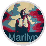 Marilyn Poster Round Beach Towel