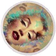 Marilyn Red Lips Digital Painting Round Beach Towel