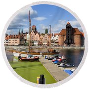 Marina And Old Town Of Gdansk Skyline Round Beach Towel