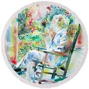 Mark Twain Sitting And Smoking A Cigar - Watercolor Portrait Round Beach Towel by Fabrizio Cassetta