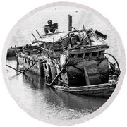 Mary D Hume Shipwreck - Rogue River Oregon Round Beach Towel