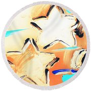 Max Two Stars In Inverted Colors Round Beach Towel