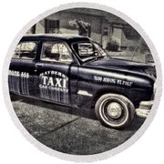Mayberry Taxi Round Beach Towel