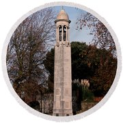 Mayflower Memorial Southampton England Round Beach Towel