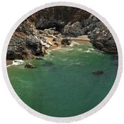 Mcway Into The Bay Round Beach Towel
