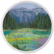 Meadow In The Cascades Round Beach Towel