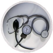 Medical Instruments Round Beach Towel
