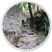 Medieval Garden Round Beach Towel