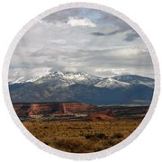 Meeting Of The Mountains And Desert Round Beach Towel