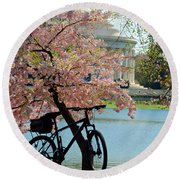 Memorial Bicycle Round Beach Towel