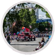 Memorial Day Parade In Grants Pass Round Beach Towel