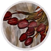 Mes Tulipes Round Beach Towel