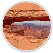 Mesa Arch In Canyonlands National Park Round Beach Towel