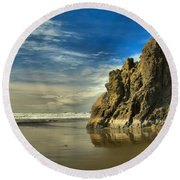 Meyers Beach Stacks Round Beach Towel