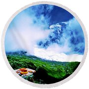 Le Milieu De Mont Blanc   Round Beach Towel