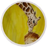 Mika And Giraffe Round Beach Towel
