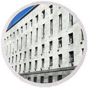 Milan Courthouse Building Round Beach Towel