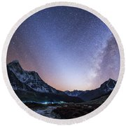 Milky Way And Zodiacal Light Ove Round Beach Towel