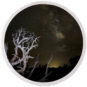 Milky Way Over Arches National Park Round Beach Towel