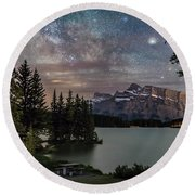 Milky Way Over Mt Rundle Round Beach Towel