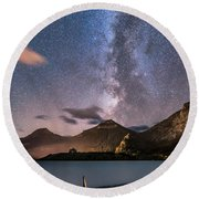 Milky Way Over Prince Of Wales Hotel Round Beach Towel