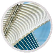 Milwaukee Art Museum Round Beach Towel