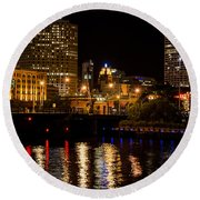 Milwaukee River And Downtown Skyline Round Beach Towel