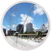 Milwaukee Wisconsin Skyline Round Beach Towel
