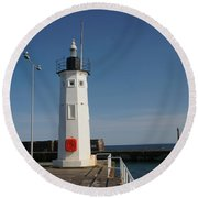 Mimicking A Lighthouse Round Beach Towel