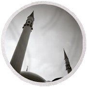 Minarets At Dusk Round Beach Towel