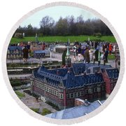 Miniature Friedenspalast Round Beach Towel