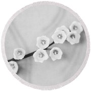 Minimalist Lily In Black And White Round Beach Towel